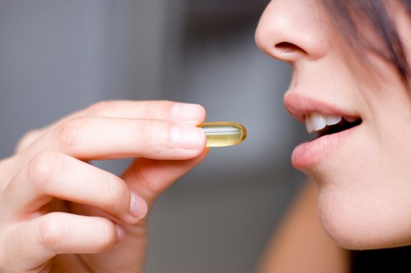woman-vitamin